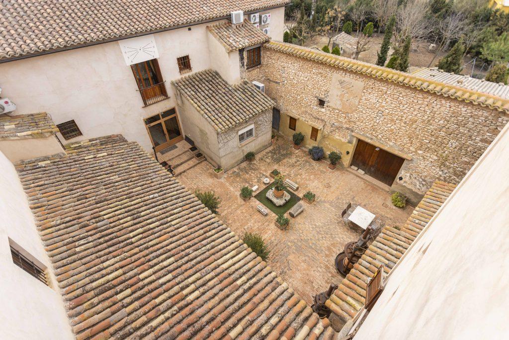 Vista aérea del patio interior de La Nova Alcudia situada en Fontanars dels Alforins.